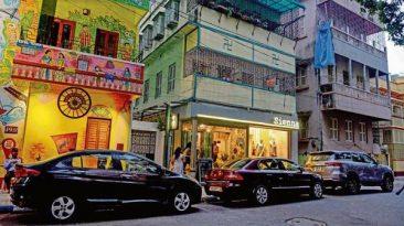Cafe in Kolkata